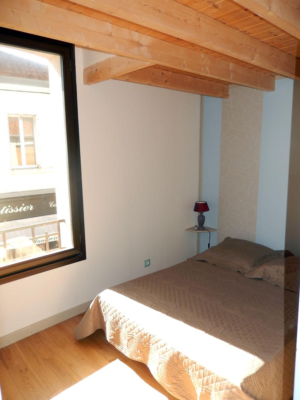 appartement en duplex en hyper centre ville fouras baguelin immobilier. Black Bedroom Furniture Sets. Home Design Ideas